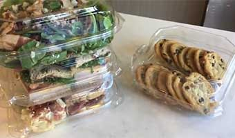 clear hinged food service containers
