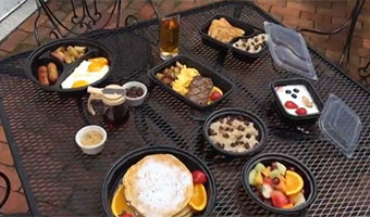 breakfast containers for takeout, delivery and to go